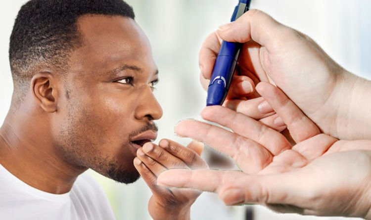 Diabetes type 2 warning: Does your breath smell like this? How to check risk in your mouth