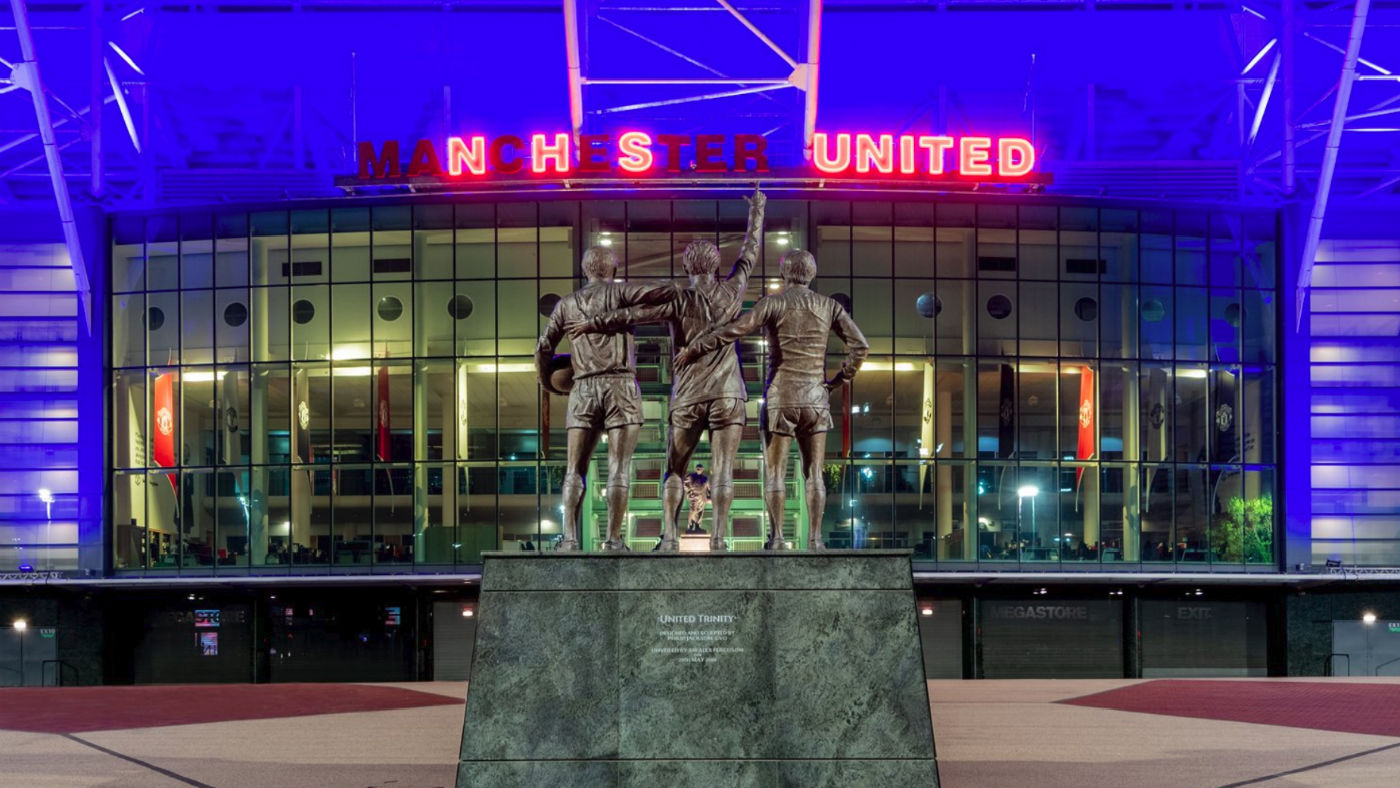 Manchester United Old Trafford NHS hołd Twitter